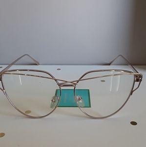 Accessories - 💛Fashion Glasses-not reading glasses 💛